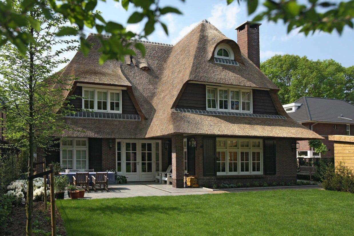 1. Rietgedekte villa bouwen, prachtige villa gelegen in een zeer gewillige wijk te Zeist