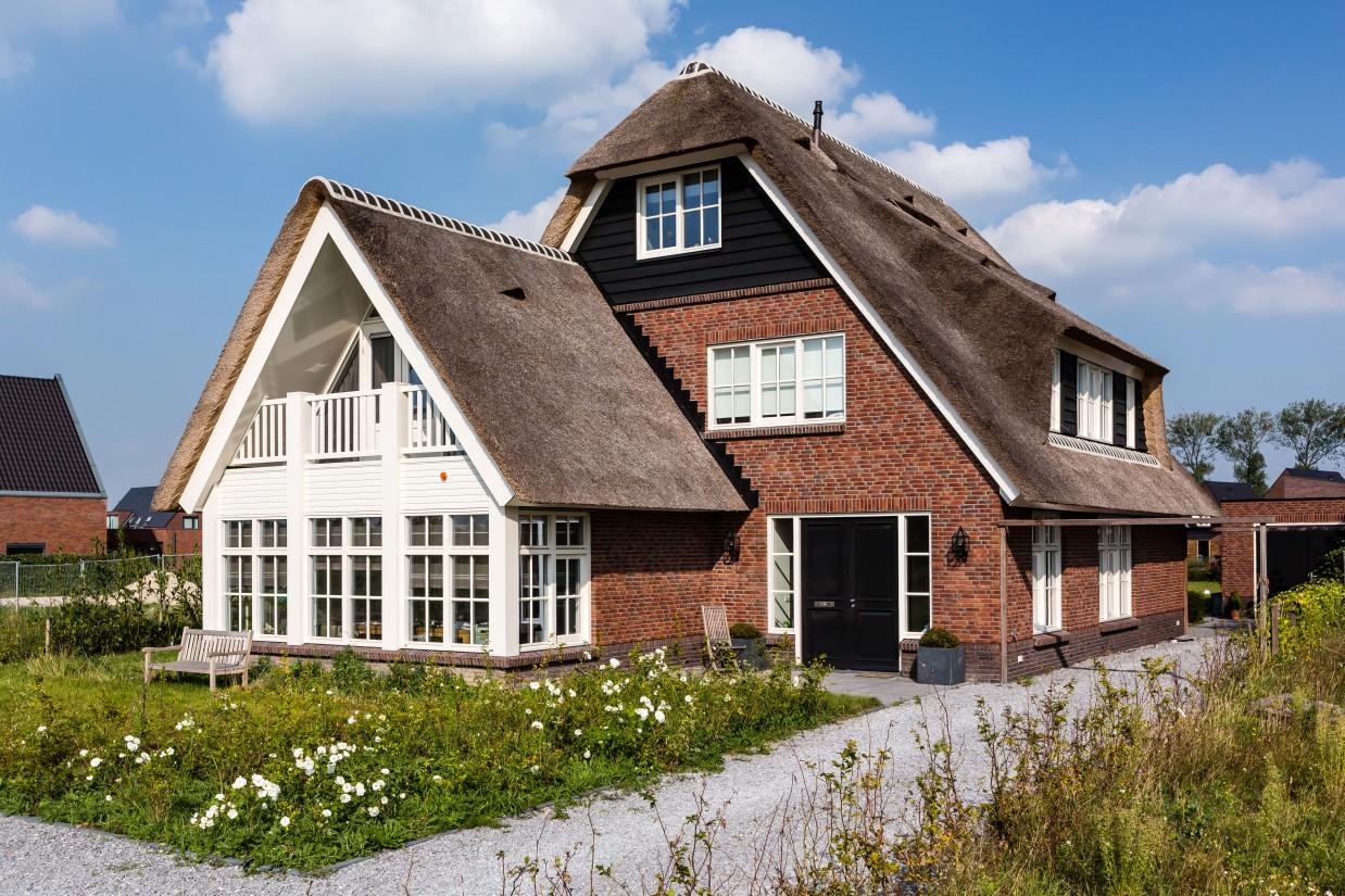 1. Rietgedekte villa bouwen, villa te Utrecht