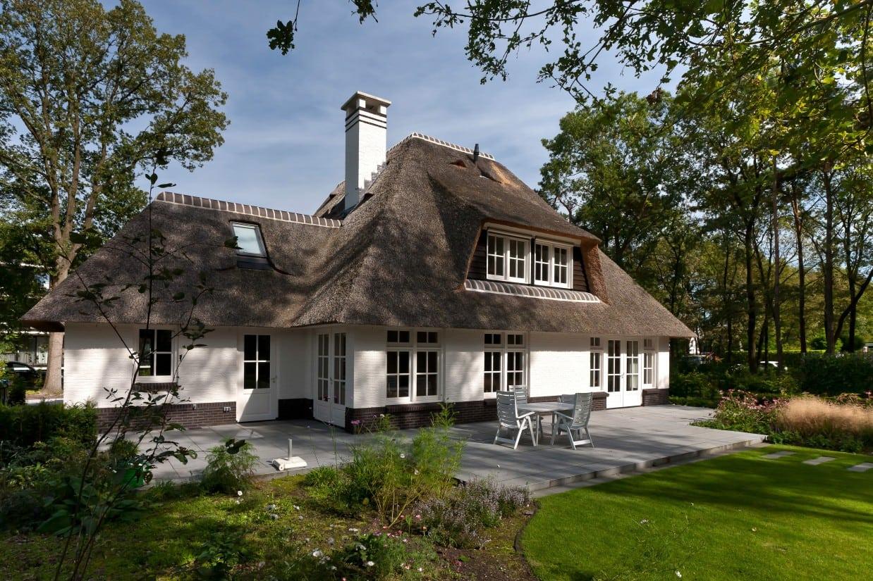 13. Rietgedekte villa bouwen, villa in de prachtige wijk in Ugchelen