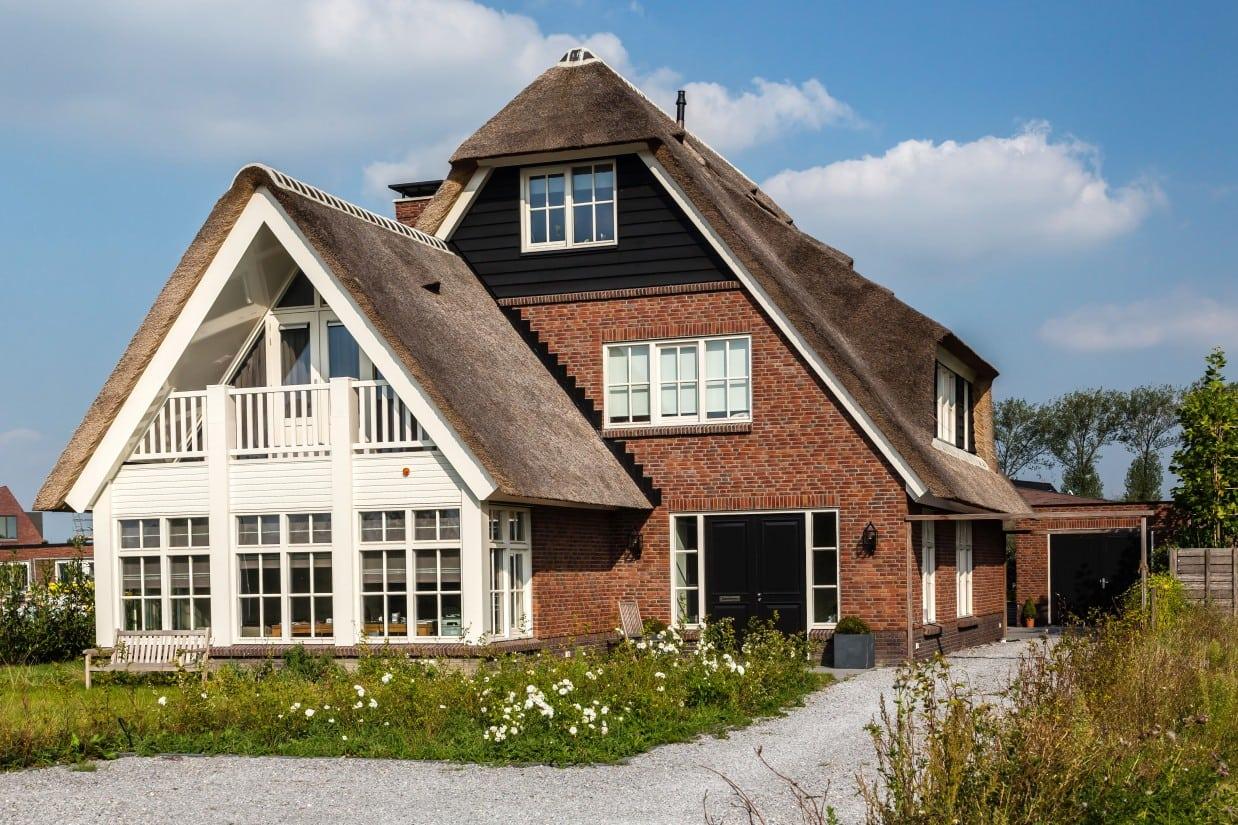 13. Rietgedekte villa bouwen, villa te Utrecht