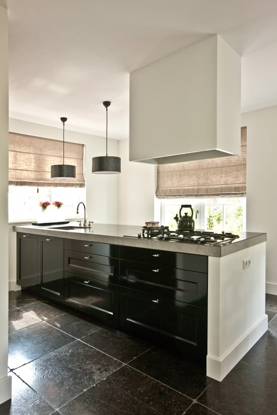 16. Rietgedekte villa bouwen, villabouw Leusden, moderne keuken