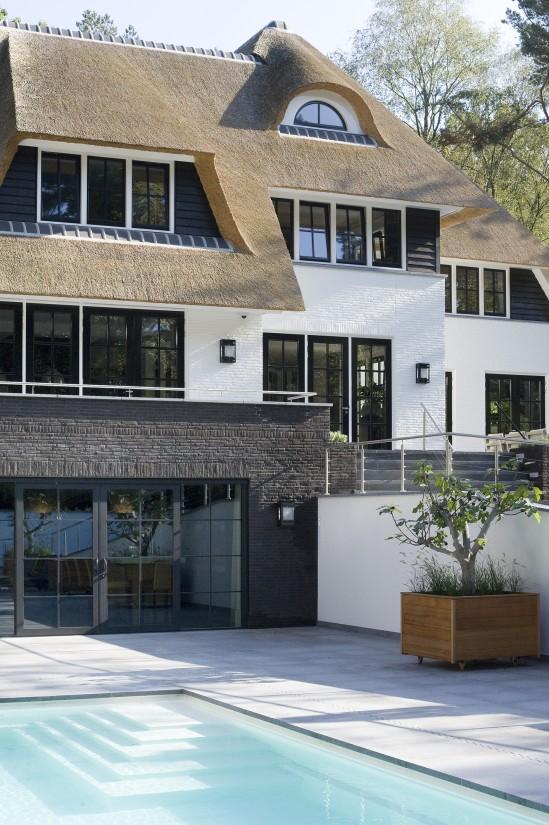 5. Rietgedekte villa bouwen, kolossaal rietgedekt landhuis Veluwe