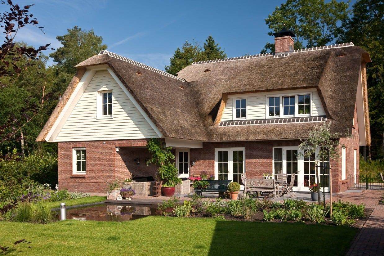 7. Rietgedekte villa bouwen, rietgedekt landhuis in Ugchelen