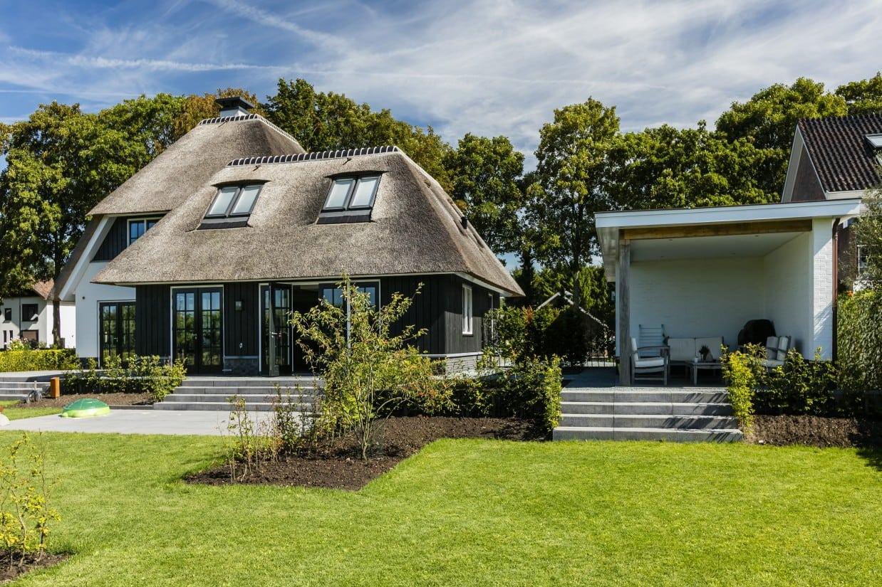 Rietgedekte villa bouwen Harmelen