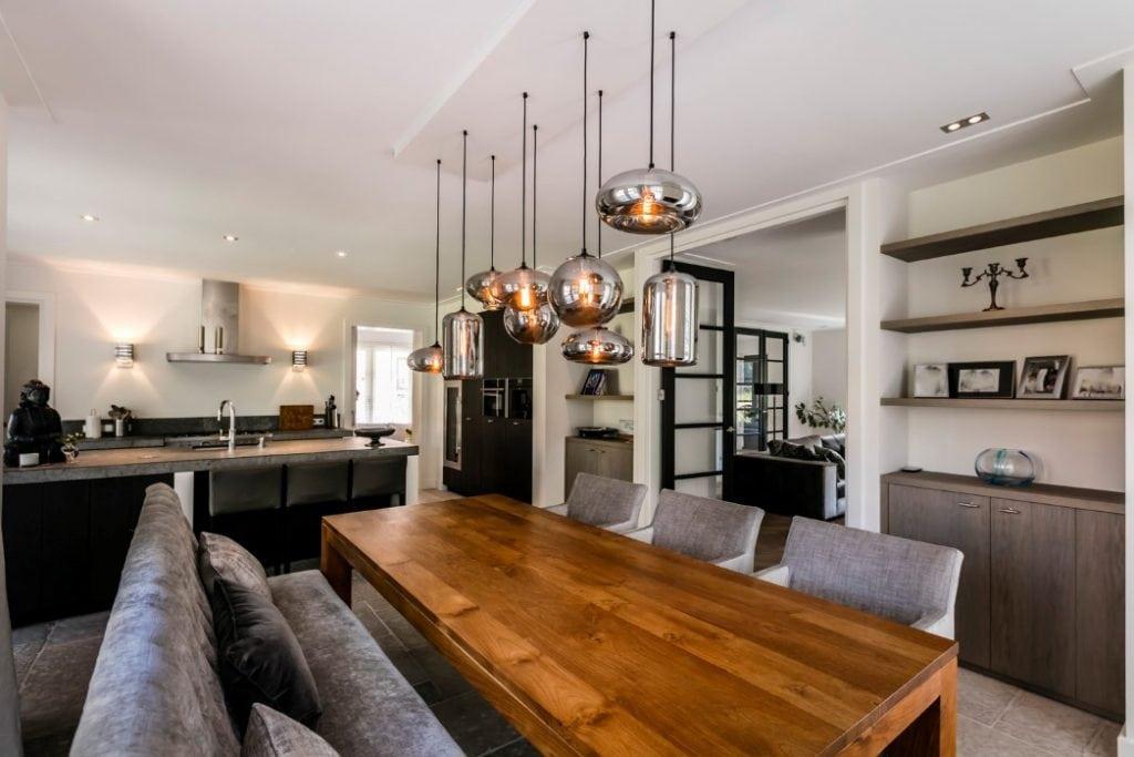 Villa te Zeist woonkeuken met ruime eettafel